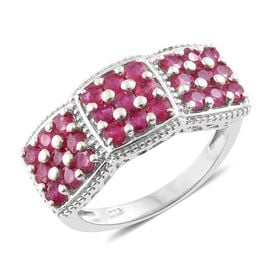 African Ruby (Rnd) Ring in Platinum Overlay Sterling Silver 2.500 Ct. Silver wt 5.58 Gms.