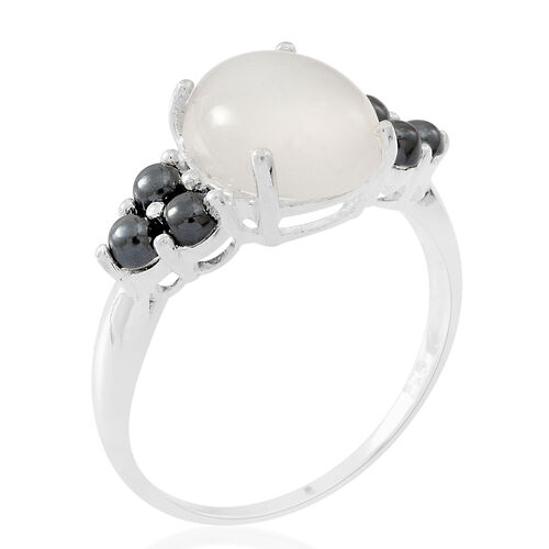Sri Lankan Silver Moonstone (Ovl 4.70 Ct), Natural Hematite Ring in Sterling Silver 6.200 Ct.