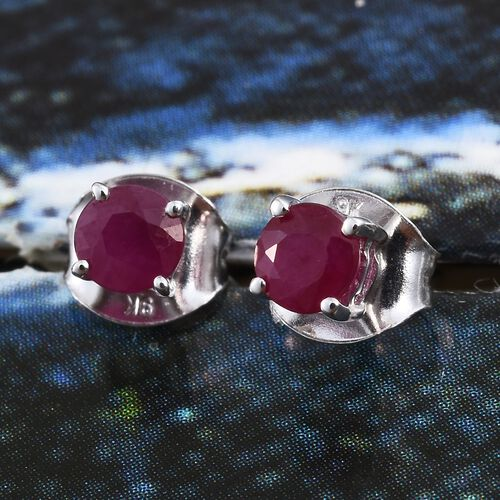 9K White Gold AA Burmese Ruby (Rnd) Stud Earrings (with Push Back) 0.700 Ct.