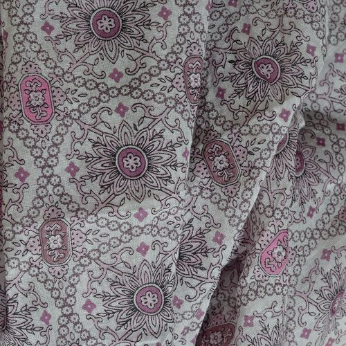 100% Cotton Pink and White Colour Printed Scarf with Tassels (Size 210X180 Cm)
