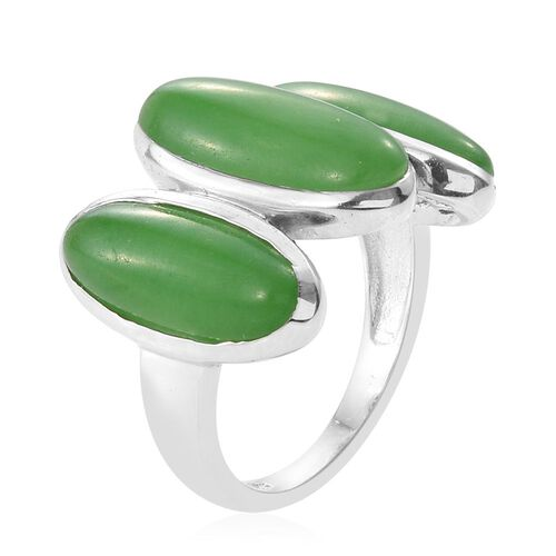 Green Jade (Ovl 6.45 Ct), 3 Stone Ring in Platinum Overlay Sterling Silver 15.750 Ct.
