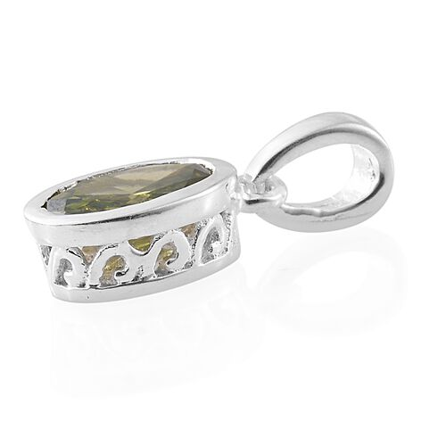 ELANZA AAA Simulated Peridot (Ovl) Solitaire Pendant and Stud Earrings (with Push Back) in Sterling Silver