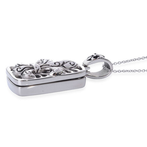 Fleur De Lis Dog Tag Pendant With Chain (Size 20) in Stainless Steel