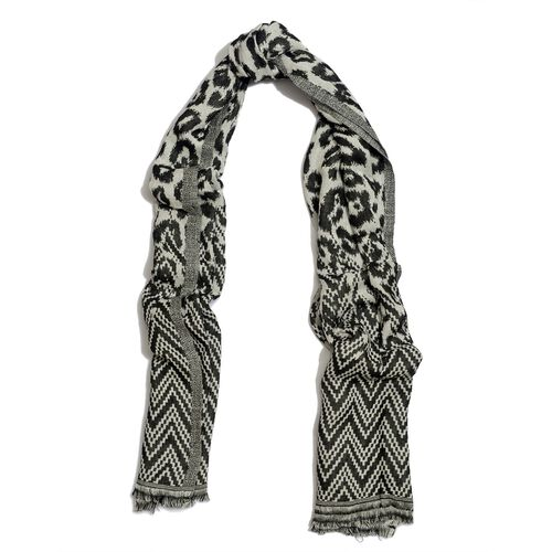 Black and White Colour Zig Zag Pattern Scarf (Size 175x70 Cm)