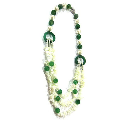 Mother of Pearl and Green Agate Necklace (Size 36) in Silver Tone 1000.000 Ct.