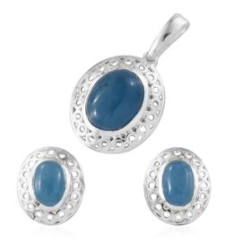 Super Bargain Price-Blue Jade (Ovl) Solitaire Pendant and Stud Earrings (with Push Back) in Sterling Silver 5.750 Ct.