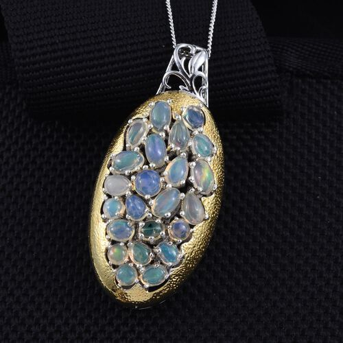 GP Ethiopian Welo Opal (Ovl), Kanchanaburi Blue Sapphire Pendant With Chain in Platinum Overlay Sterling Silver 3.000 Ct.