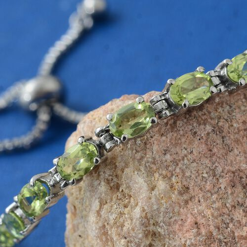 Designer Inspired-Hebei Peridot (Ovl) Adjustable Bracelet (Size 6.5 to 8.5) 4.000 Ct.