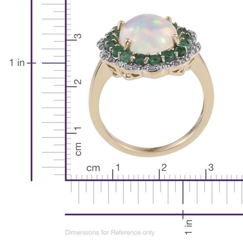 9K Yellow Gold AAA Ethiopian Welo Opal (Ovl 2.80 Ct), AAA Brazilian Emerald and Diamond (I3/G-H) Ring 4.000 Ct.