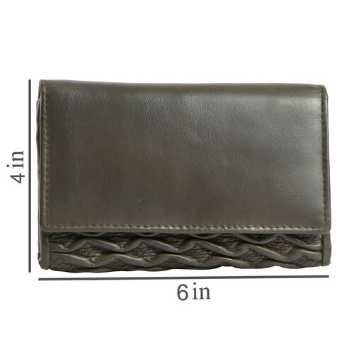 100% Genuine Leather RFID Blocker Moss Green Colour Wallet with Multiple Card Slots (Size 15.25X10.15X2.5 Cm)