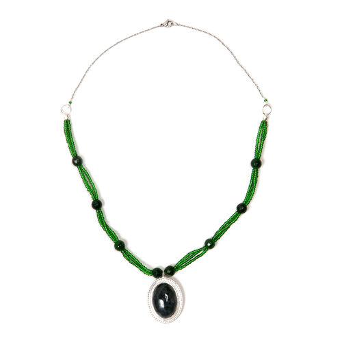 Moss Agate, Green Agate and Glass Necklace (Size 20) in Silver Tone 64.930 Ct.