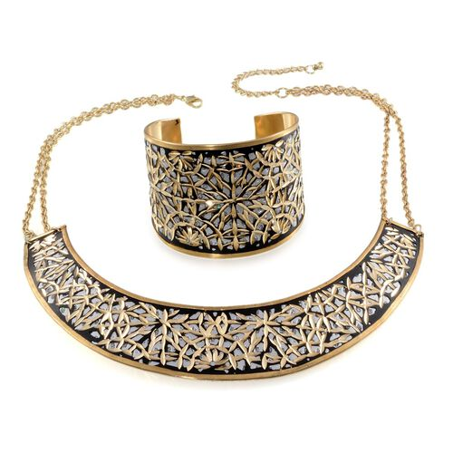 Jewels of India Embossed Patten Choker and Cuff Bangle