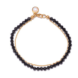 Boi Ploi Black Spinel (Rnd), Rainbow Moonstone Bracelet (Size 7.5) with Circle Charm in Yellow Gold Overlay Sterling Silver 24.800 Ct.