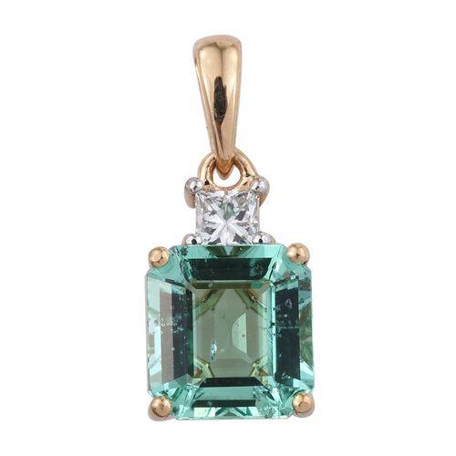 ILIANA 18K Yellow Gold 2.25 Carat Boyaca Colombian Emerald Octagon, Diamond SI G-H Pendant.