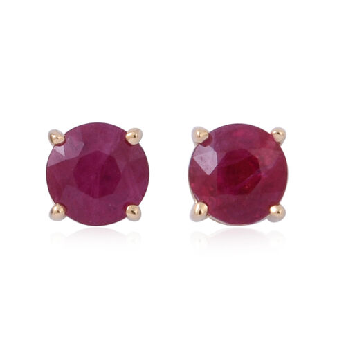 ILIANA 18K Yellow Gold 1 Carat Pigeon Blood Burmese Ruby Round Solitaire Stud Earrings with Screw Back.