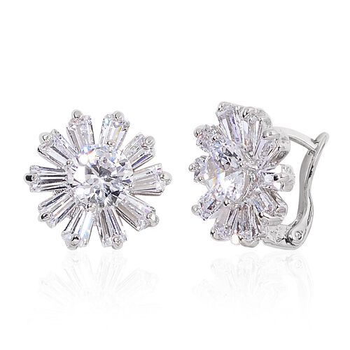 AAA Simulated White Diamond Flower Pendant with Chain (Size 22) and Stud Earrings in Silver Tone