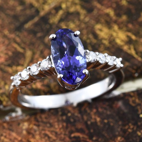 ILIANA 18K White Gold 2.25 Ct AAA Tanzanite Ring with Diamond SI G-H