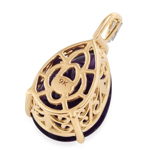 9K Yellow Gold AAA Zambian Amethyst (Pear), Diamond Pendant 9.750 Ct.