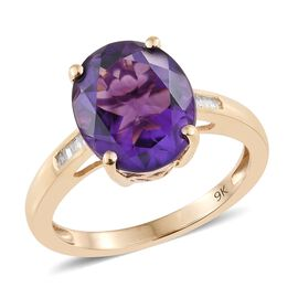 One Time Deal-9K Y Gold AA Lusaka Amethyst (Ovl 4.00 Ct), Diamond Ring 4.050 Ct.