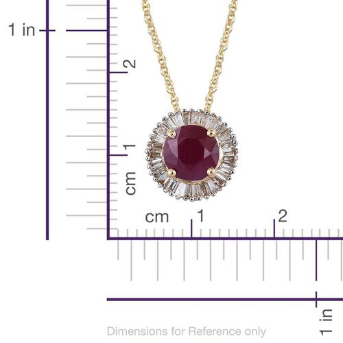 ILIANA 18K Yellow Gold AAA Burmese Ruby (Rnd 1.00 Ct), Diamond (SI/G-H) Pendant with Chain (Size 18) 1.250 Ct.