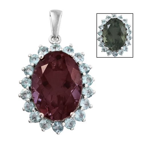 Colour Change Alexandrite Quartz (Ovl 12.75 Ct), Mint Apatite Pendant in Platinum Overlay Sterling Silver 15.000 Ct.