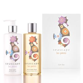 SEASCAPE- Xmas Les Petits childrens bath and body Festive Gift Set dispatch in 3-5 working days