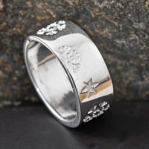 Sterling Silver Star Engraved Band Ring, Silver wt. 6.07 Gms.