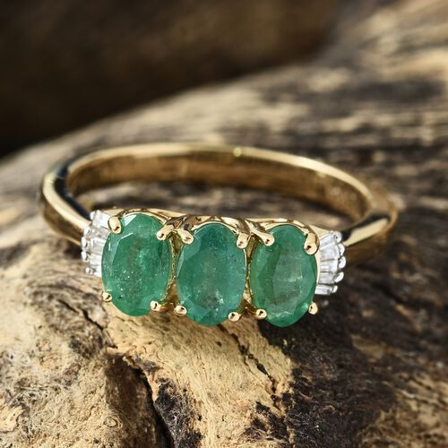ILIANA 1.50 Ct AAA Kagem Zambian Emerald and Diamond (SI/G-H) Ring in 18K Gold