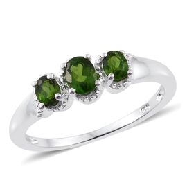 One Time Deal-Russian Diopside (Ovl) 3 Stone Ring in Sterling Silver.