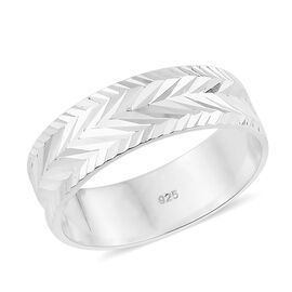 Designer Inspired-Sterling Silver Diamond Cut Band Ring, Silver wt 3.30 Gms.