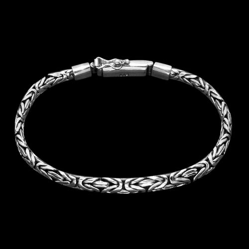Royal Bali Collection Sterling Silver Borobudur Bracelet (Size 7.5), Silver wt 21.50 Gms.
