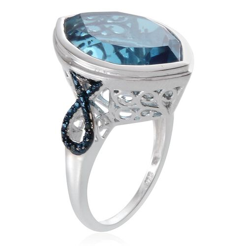River Quartz (Mrq 18.50 Ct), Blue Diamond Ring in Platinum Overlay Sterling Silver 18.530 Ct.