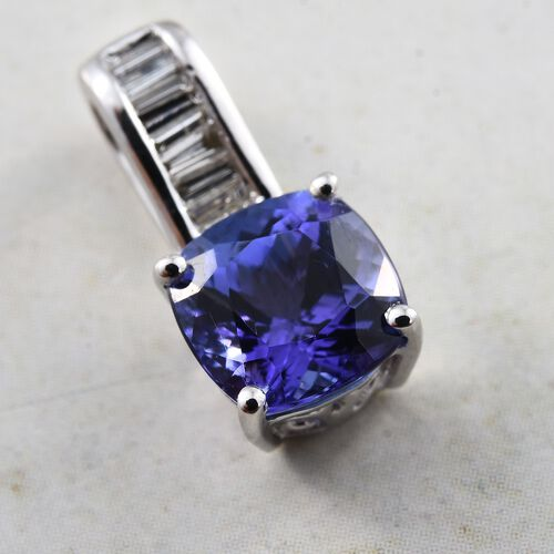 ILIANA 18K White Gold 1.80 Ct AAA Tanzanite Pendant with Diamond SI G-H