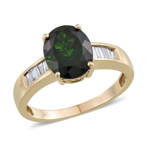 9K Y Gold Russian Diopside (Ovl 3.25 Ct), Diamond Ring 3.500 Ct.
