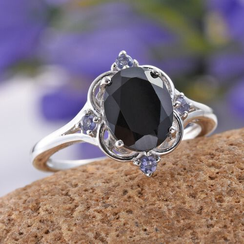 Boi Ploi Black Spinel (Ovl 3.00 Ct), Iolite Ring in Platinum Overlay Sterling Silver 3.105 Ct.