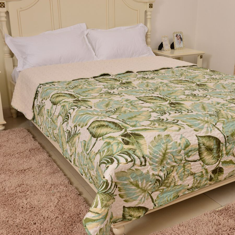 king size sherpa quilt green cream and multi tropical. Black Bedroom Furniture Sets. Home Design Ideas