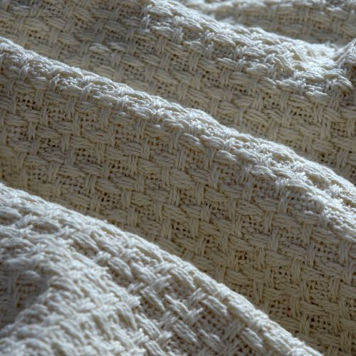 100% Cotton White and Cream Colour Plaid with Fringes (Size 150x125 Cm)