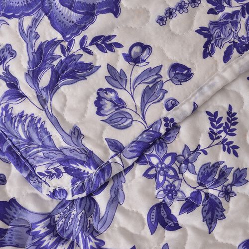Blue and White Colour Floral Pattern Microfiber Reversible Quilt (Size 260X240 Cm) and 2 Pillow Shams (Size 70X50 Cm)