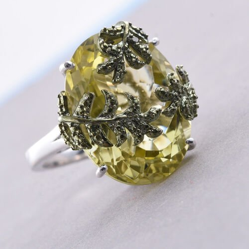 Natural Green Gold Quartz (Ovl), Green Diamond Leaves Ring in Platinum Overlay Sterling Silver 17.250 Ct. Silver wt 5.02 Gms.