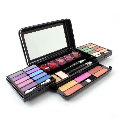Colour Cosmetics, Blow Out Deal 51 Piece Classic Palette (Size 29x11.5x4 Cm)