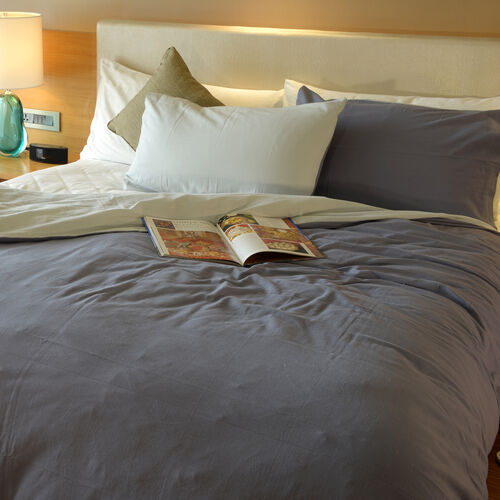 100% Cotton Blue Colour Duvet Cover (Size 200x200 Cm) and 2 Pillow Case (Size 75x50 Cm)