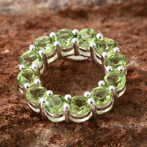 Hebei Peridot (Rnd) Circle of Life Pendant in Sterling Silver 3.250 Ct.