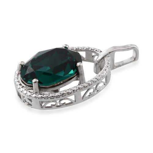 J Francis Crystal from Swarovski - Emerald Colour Crystal (Ovl) Solitaire Pendant in Platinum Overlay Sterling Silver
