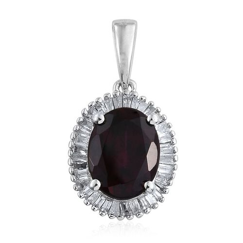 9K W Gold Rare Mozambique Grape Colour Garnet (Ovl 2.50 Ct), Diamond Pendant 2.750 Ct.