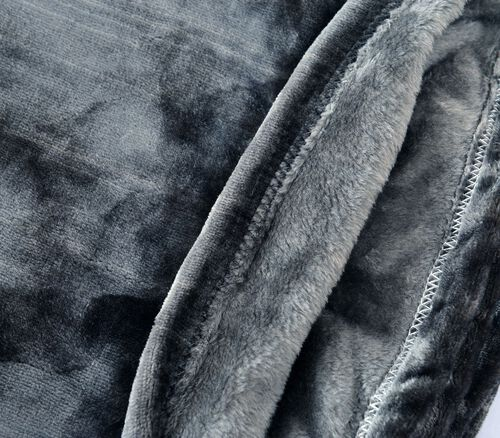 Superfine 290 GSM Microfibre Flannel Blanket Silver Colour 150x200 cm