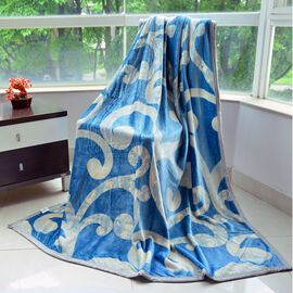 Superfine 300 GSM Microfiber Printed Flannel Blue and Off White Colour Swirl Pattern Blanket (Size 200X150 Cm)