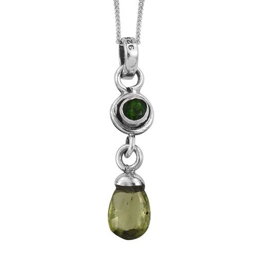 AA Hebei Peridot and Russian Diopside Pendant With Chain in Sterling Silver 1.730 Ct.