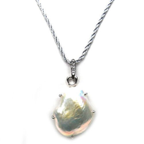 Fresh Water White Pearl Sterling Silver Pendant With Chain 20.000 Ct.