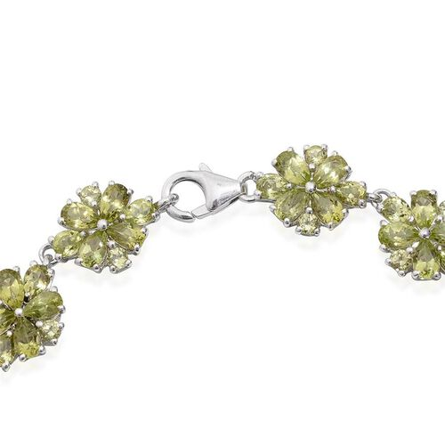 AA Hebei Peridot (Pear) Floral Bracelet (Size 7.5) in Platinum Overlay Sterling Silver 14.250 Ct.