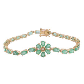 Limited Edition 9K Yellow Gold AAAA Kagem Zambian Emerald (Ovl), Diamond Floral Bracelet (Size 7.5) 6.500 Ct.